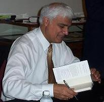 Blast from the Past: Ravi Zacharias Made Himself a Professor at Oxford